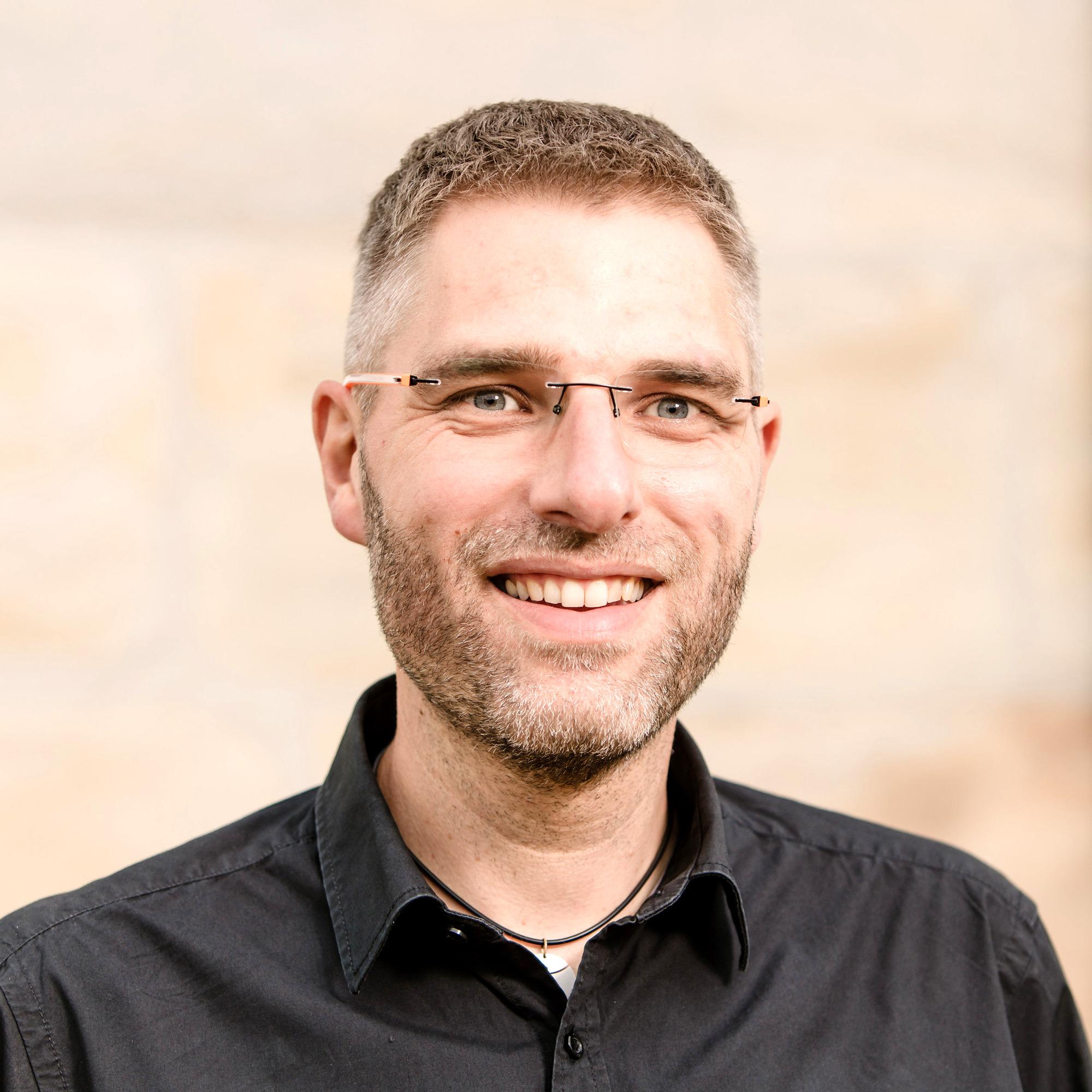 Dr. Stefan Gehrig
